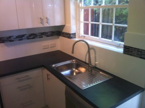 kitchen-splashback-tiling-adelaide